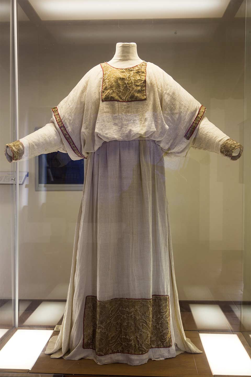 Vestments of St. Bonifacio