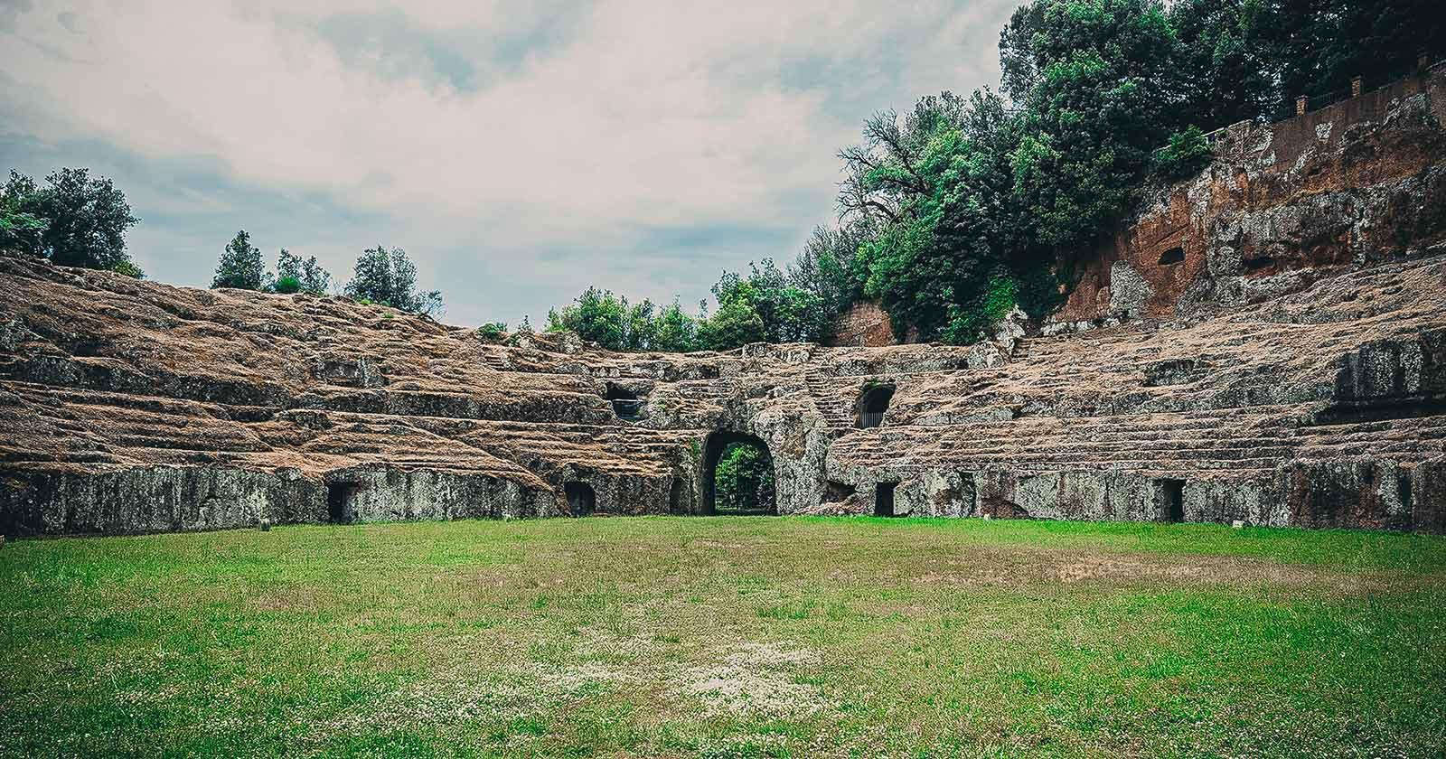 Anfiteatro e parco archeologico di Sutri
